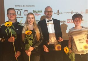 Preisverleihung: CCVOSSEL als vorbildlicher Ausbildungsbetrieb ausgezeichnet