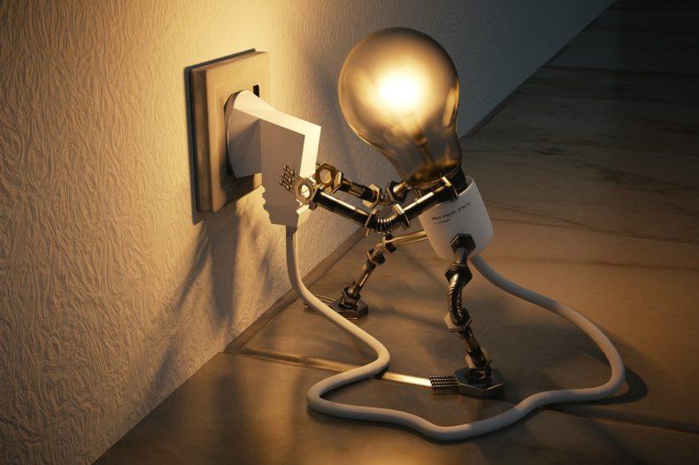 light-bulb-3104355_1920